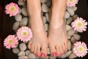Ngâm chân giúp ngủ ngon hơn