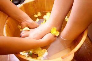 các bật mý giúp chúng ta đánh bật mùi hôi chân tốt nhất