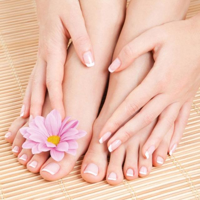 Móng chân là 1 cách tuyệt vời để đảm bảo chăm sóc đôi bàn chân của mình