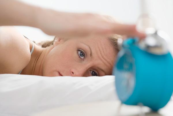 Làm thế nào để giải quyết vấn đề mất ngủ và ngủ
