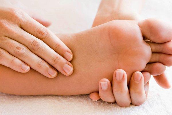 hé lộ 10 mẹo chăm sóc bàn chân chuẩn nhất