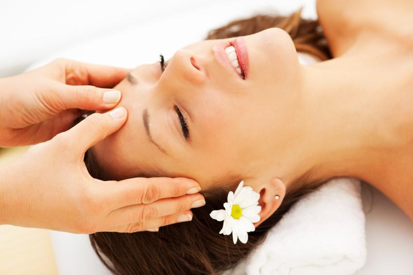 Khám phá phương pháp massage trị đau đầu hiệu quả