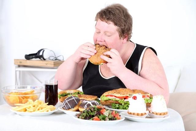 Ăn uống khoa học đảm bảo sức khỏe ngày tết